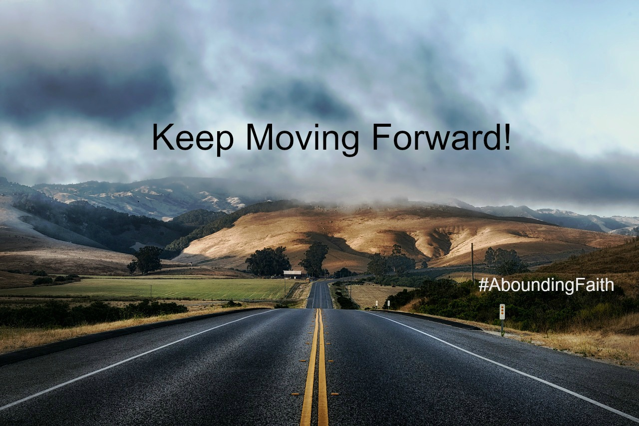 Moving Forward road AF
